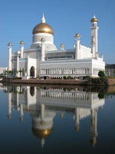Sultan Omar Ali Saiffuddi Mosque