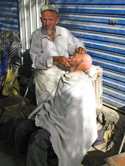 Hotan Market - I Wanted to Have My Head Shaved by Him, but He was too Busy