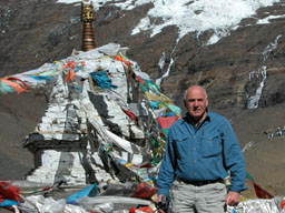 Dad and a stupa at a high pass