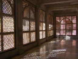 Fataphur Sikri stone screens