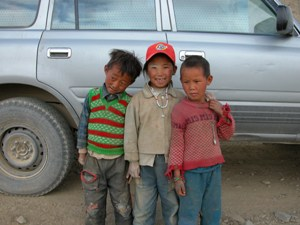 Road to Sakya, Tibet - Kids