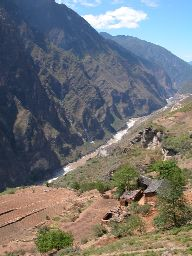 Southern end of Tiger Leaping Gorge