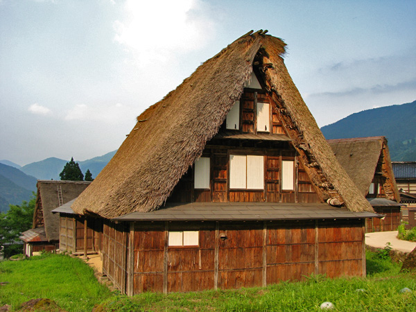 Ainokura, Japan - World Heritage Listed for Thatch Roofed Homes